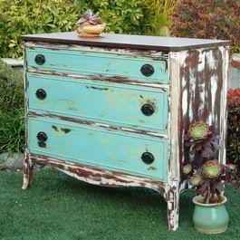 0ec0b2de5e329d2cd66a4b8259b71a2b--distressed-dresser-distressed-furniture